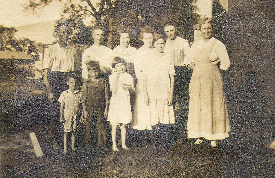 Charles Campbell Cook and family - (1918)
